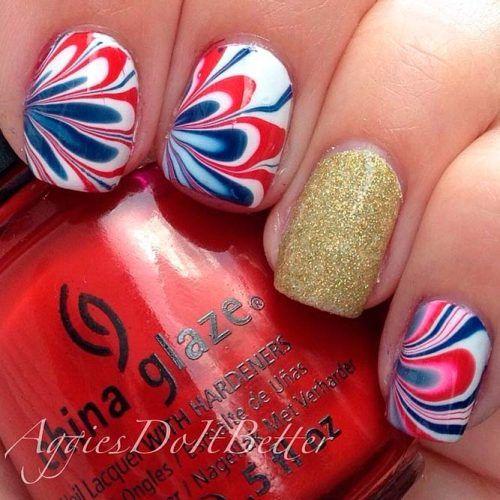 Water Marble Patriotic Nail Art #patrioticnails #glitternails