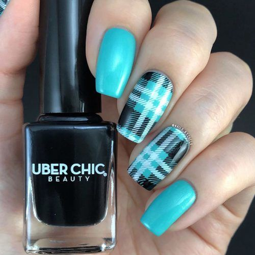 Plaid Nail Art Design #plaidnails
