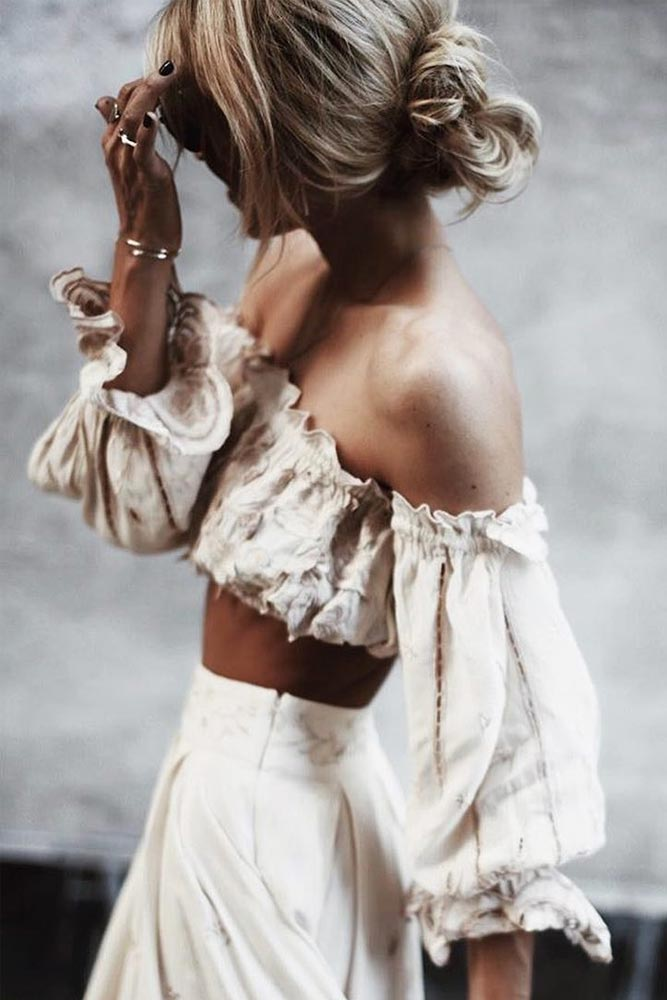 Stylish Outfit Ideas with Shoulder Tops picture 6