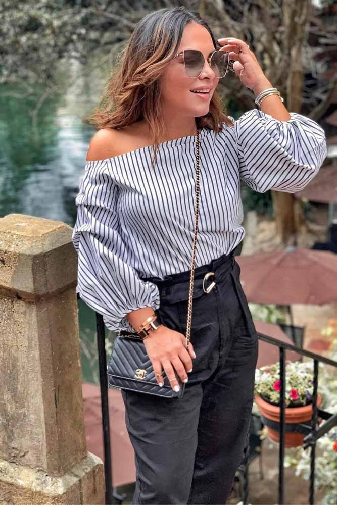 Striped Off The Shoulder Top With Jeans Outfit #stripedtop