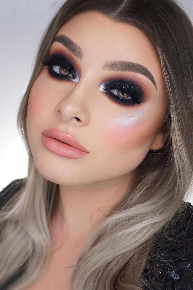 Black Glitter Smokey With Pink Lipstick #glittersmokey
