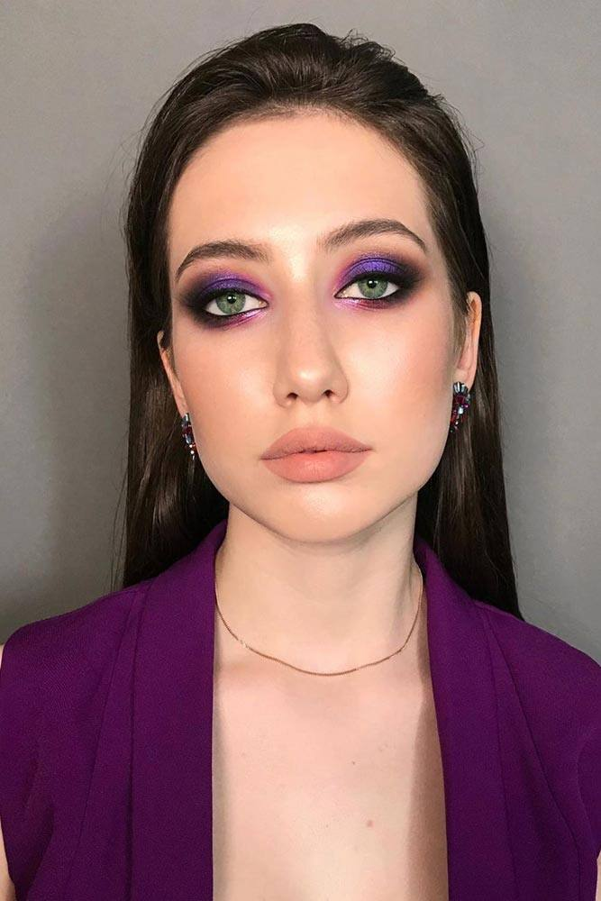 Green Eyes Color And Purple Smokey –Perfect Mix