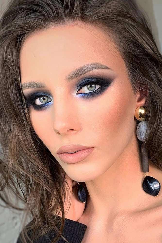 Deep Blue Smokey Eyes Makeup #deepbluesmokey
