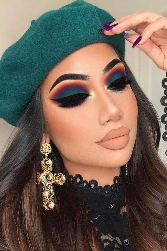 Blue And Purple Matte Smokey Makeup #blackeyeliner