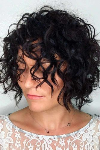 Contemporary Wavy Short Bob