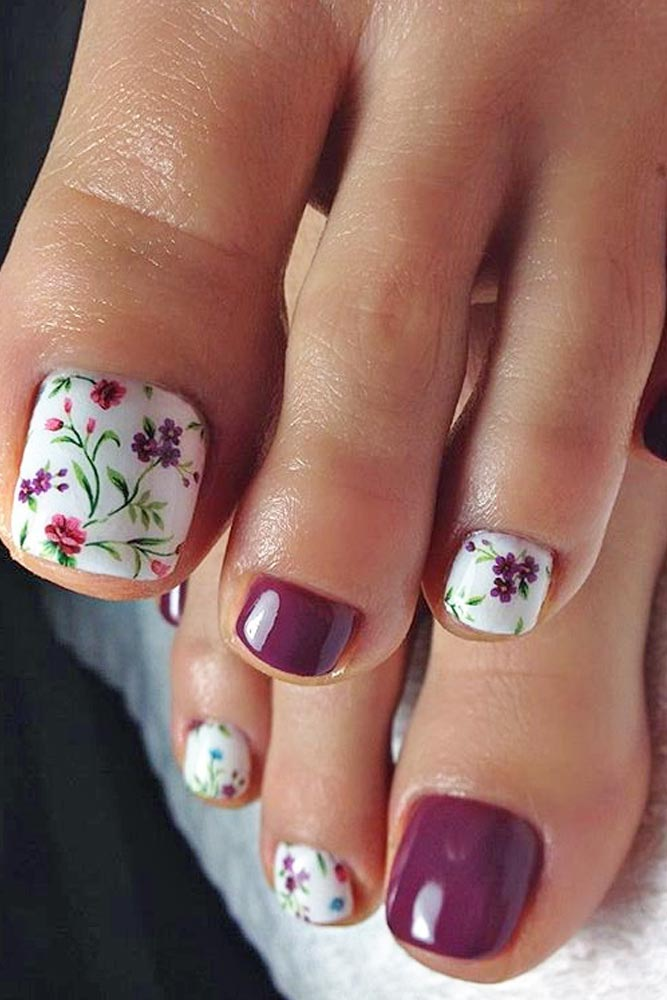 White-Burgundy Flowered Design