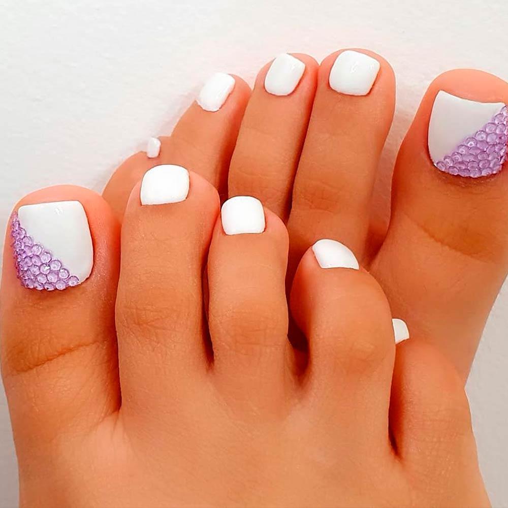 Lilac Rhinestones Nail Design #rhinestones #chicnailart