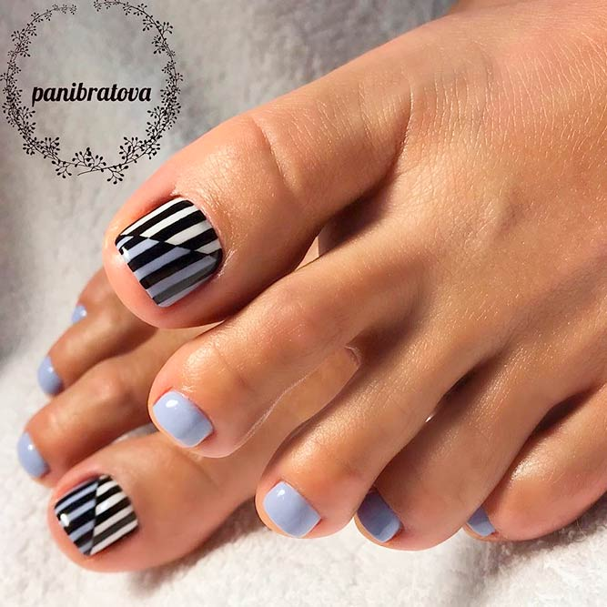 Abstracted Striped Toe Nails Designs #stripednails