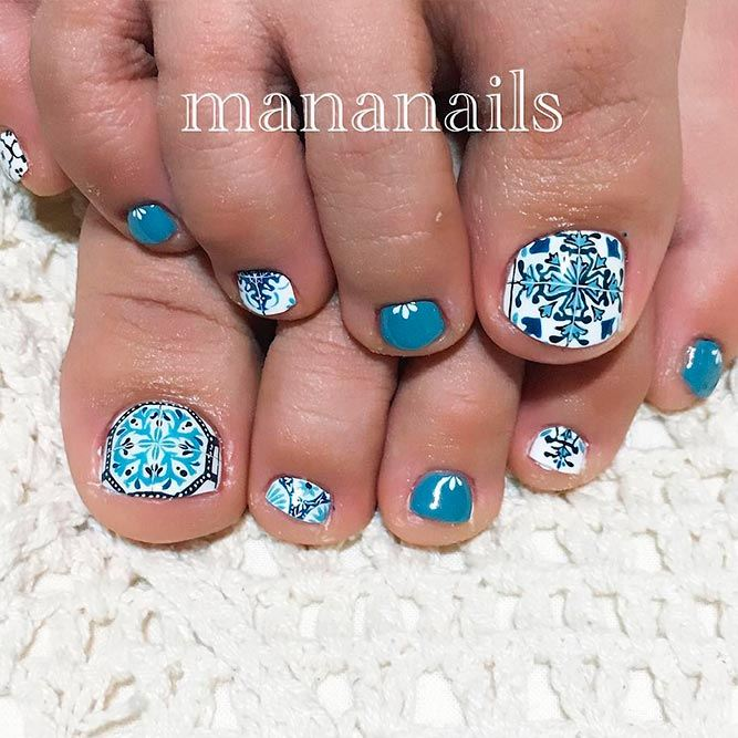 Tile Nail Art For Toes Nails #tilenails #patternednails