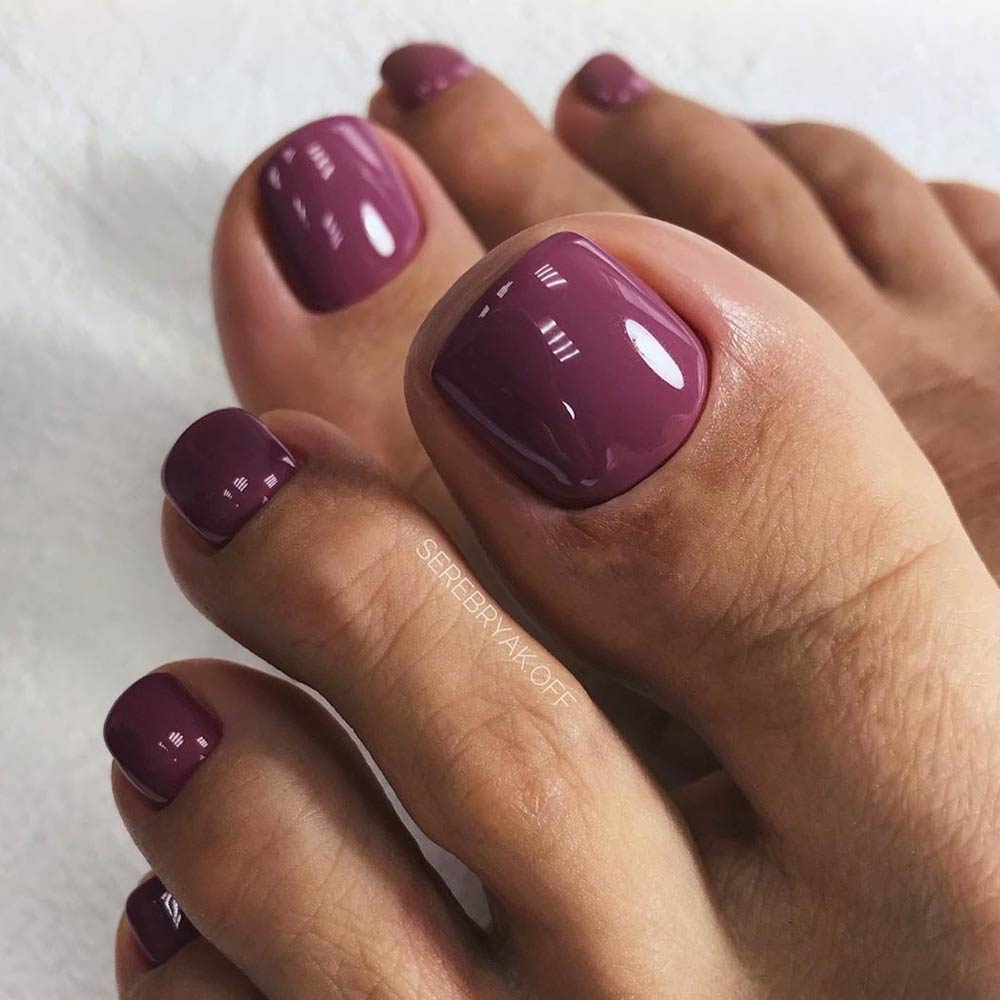 One Color Nail Desing For Your Toes