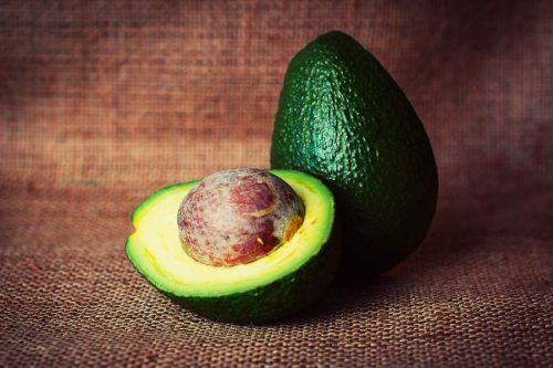 Easy Homemade Avocado Hair Mask Recipes for Healthy Hair