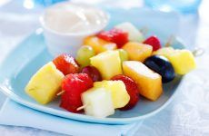 Natural Homemade Fruit Snacks for a Bikini Body