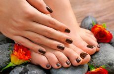 55 Toe Nail Designs To Keep Up With Trends