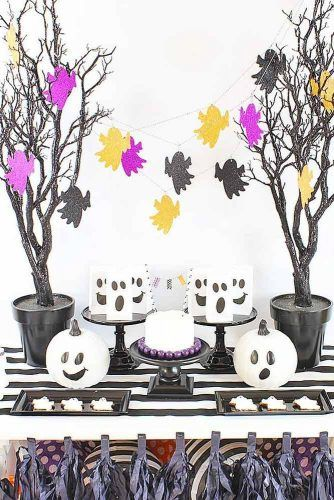 Ghost Candy Table Decorations #ghostdecorations