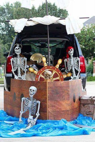 Skeletons Pirates Ship Decorations #piratesship #skeletons