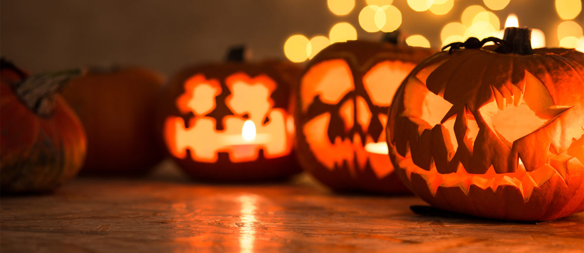 45 Scary Indoor And Outdoor Halloween Decorations That You