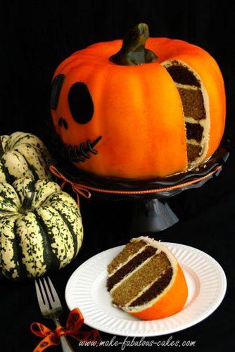 18 Sweet Halloween Treats and Spooky Dessert Ideas