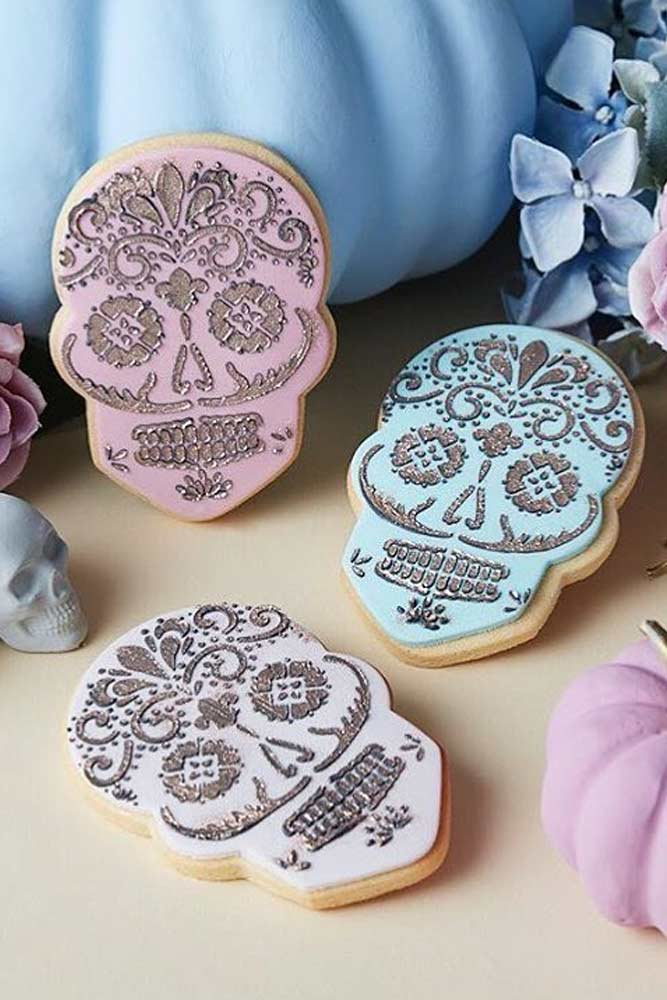 Skull Cookies Ideas #skull