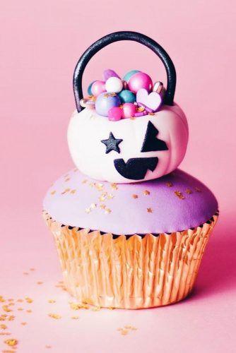 Jac O'Lantern Halloween Cupcake #jackolantern