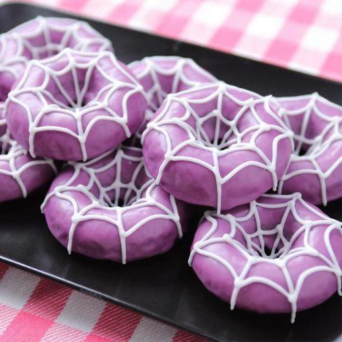 Web Halloween Donuts Idea #webtreat #webdonuts