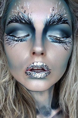Ice Queen Frozen Makeup