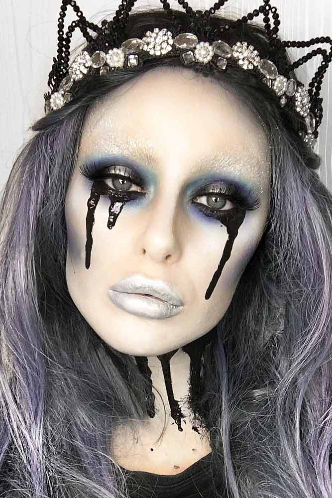 Black Queen Makeup Idea #blackqueen #cryinggirl