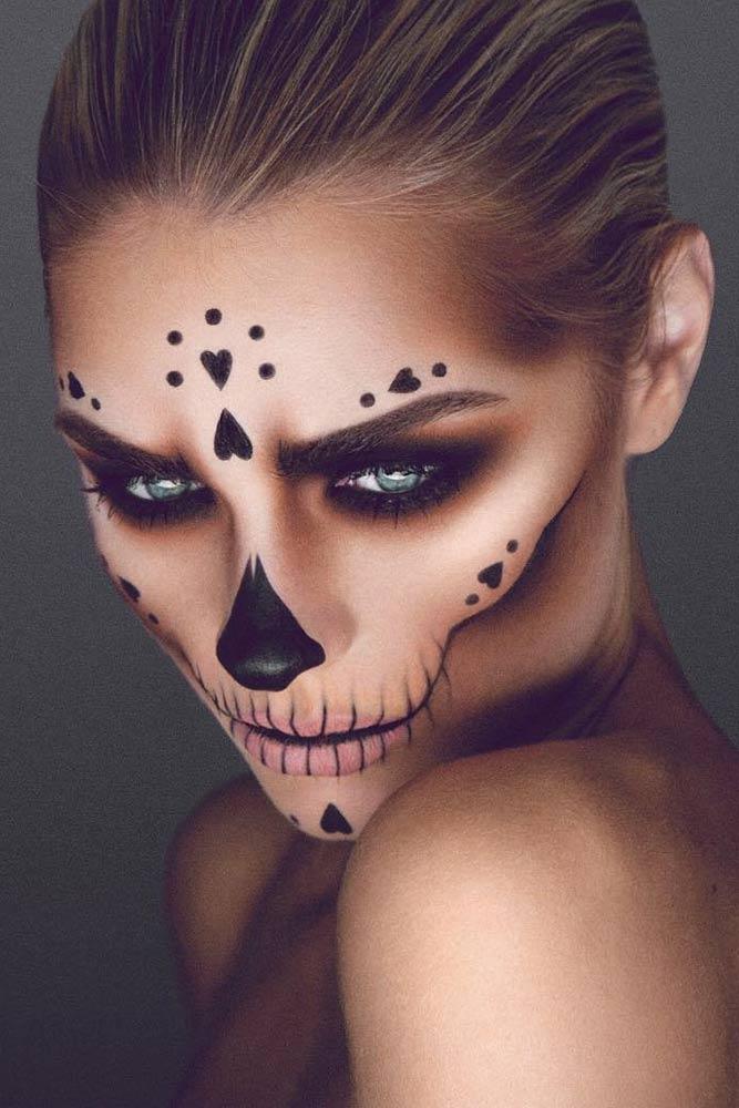 Skull Candy Halloween Face Makeup