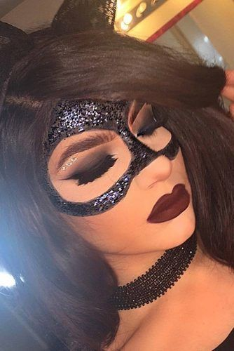 Cat's Mask Makeup Idea To Look Perfect This Halloween #catmask