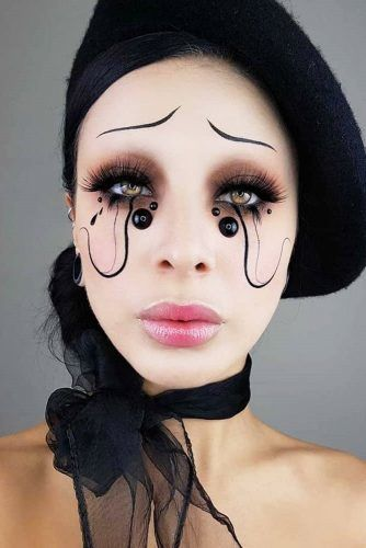 Mime Halloween Makeup Idea #mimemakeup