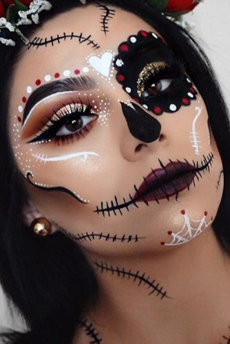 Sexy Classic Haloween Looks picture 5