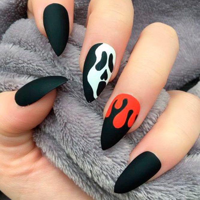 Scary Halloween Stilleto Nails #mattenails #stilettonails