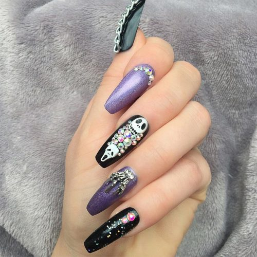 Stunning Halloween Nails picture 2