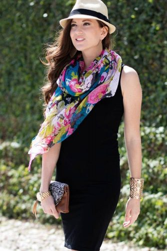 How to Wear a Scarf - Adding Color picture 1