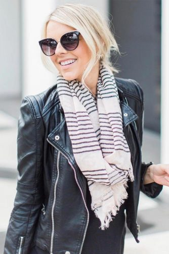 How to Wear a Scarf - Texture Contrast picture 6