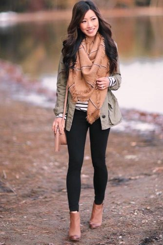 Popular Ways How to Wear a Scarf picture 3