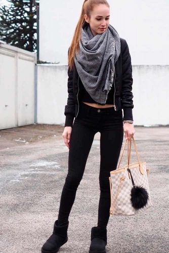 How To Wear a Scarf With All Black #falloutfit #stylishlook
