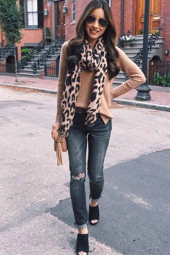 Top Ideas How To Wear a Scarf picture 4
