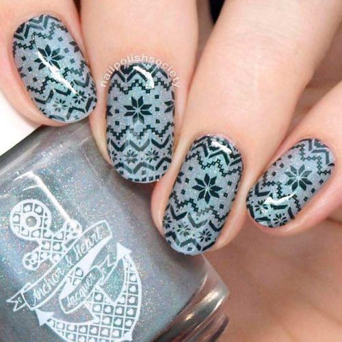 Sparkly Sweater Pattern Inspiration Nail Art #glitternails #winternails
