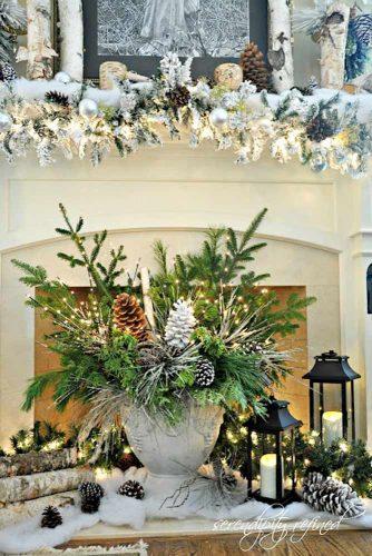 Most Beautiful Christmas Fireplace Decorations