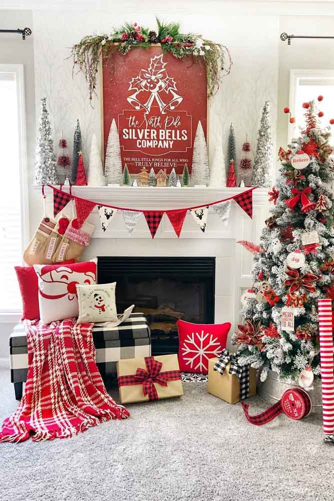 Traditional Fireplace Decoration With Plaid Print #pillows #garland