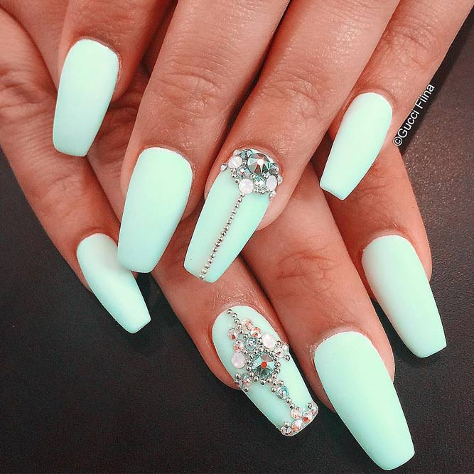 Beautiful Mint Nail Design