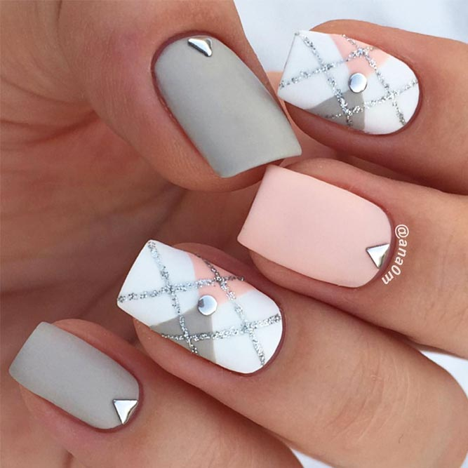 Pretty Geometric Design for Short Nails