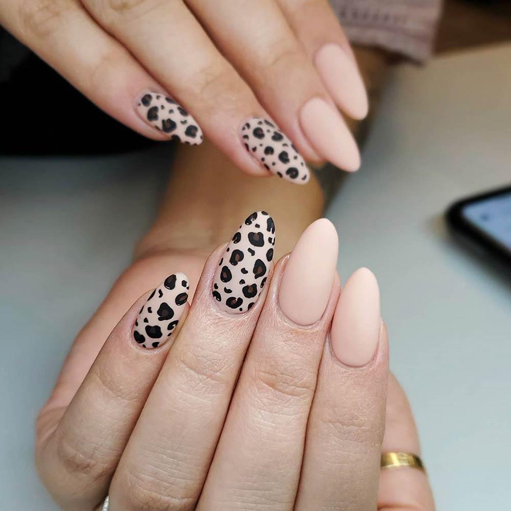 Nude Nail Art With Leopard Pattern #leopardnails #ovalnailshape