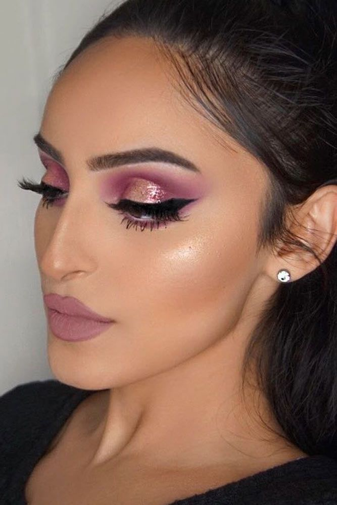 Rose Gold Cut Crease Makeup Idea #mattelips #shimmershadow