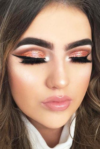 Glitter Rose Gold Makeup Ideas picture 5