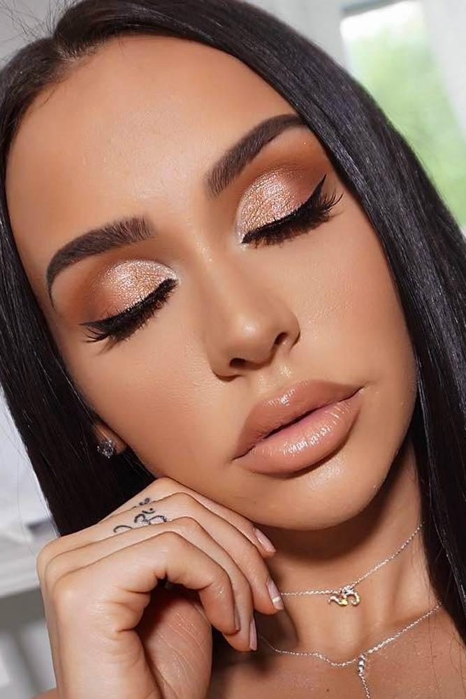 Soft Shimmer Makeup Ideas #lipgloss