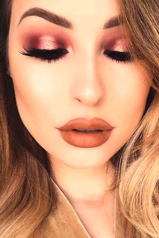 Glitter Rose Gold Makeup Ideas picture 3