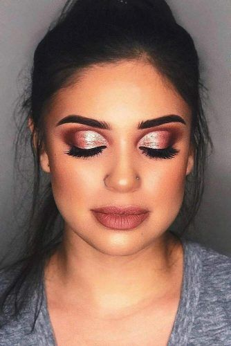Glitter Smokey Eyes With Matte Lipstick #mattelipstick #shimmershadow