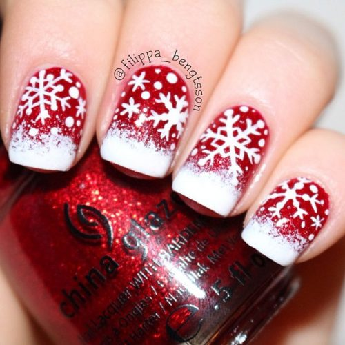 Christmas Nail Art in Gold, White and Red Colors