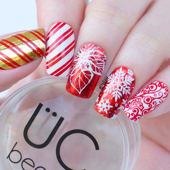 Stylish Stamping Cristmas Nails #rednails #stampingnails #winternails